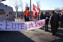 2010-02-03-Cathia-Manifestazione alla porta 2 della Mirafiori